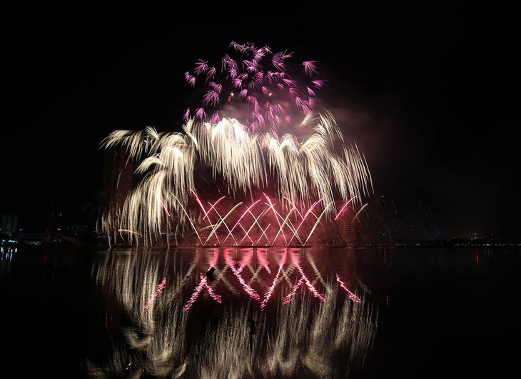 Das internationale Feuerwerk-Festival Da Nang 2018 geht zu Ende - ảnh 1