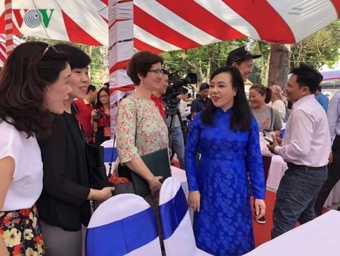 Vietnam begrüßt den Welt-AIDS-Tag - ảnh 1
