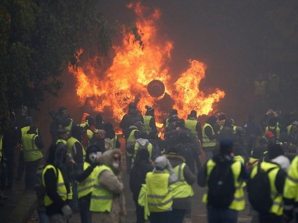 Demonstrationswelle in Frankreich läuft kompliziert - ảnh 1
