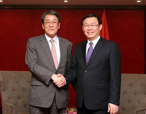 Die Regierung ist bereit,  beste Bedingungen für japanische Unternehmen zu schaffen - ảnh 1