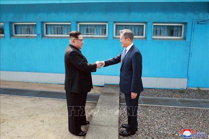 Unterschiedliche Botschaft von Süd- und Nordkorea zum 1. Jahrestag des Treffens zwischen den Staatschefs beider Länder - ảnh 1
