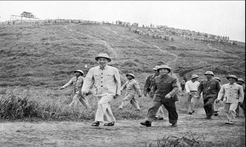 Archivbilder über Präsident Ho Chi Minh - ảnh 12