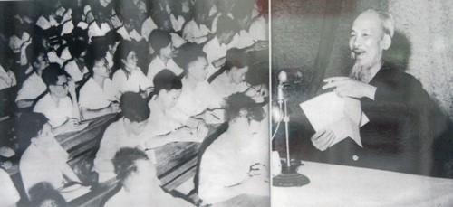 Archivbilder über Präsident Ho Chi Minh - ảnh 14