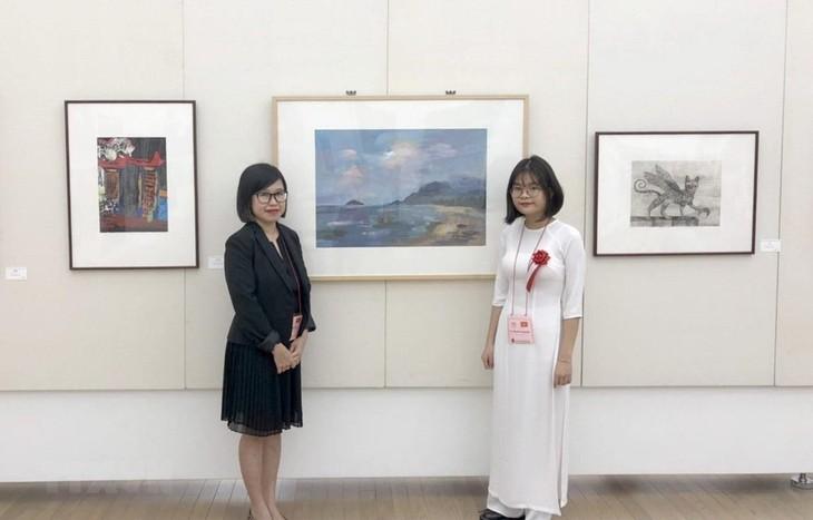 Das Bild einer vietnamesischen Schülerin wird im japanischen nationalen Museum ausgestellt - ảnh 1