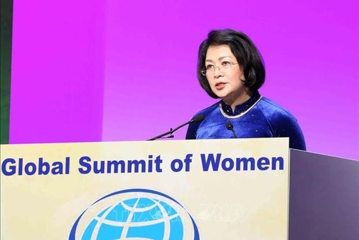 당 티 응옥 틴 부주석, 세계여성정상회의서 4차 산업혁명 디지털시대 여성의 역할 제고 - ảnh 1