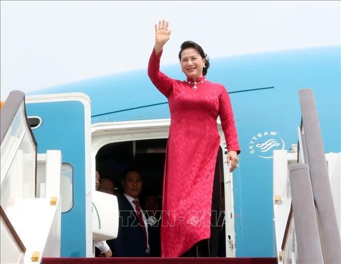 응우옌 티 김 응언 국회의장, 베이징 도착, 중국 공식방문 계속 - ảnh 1