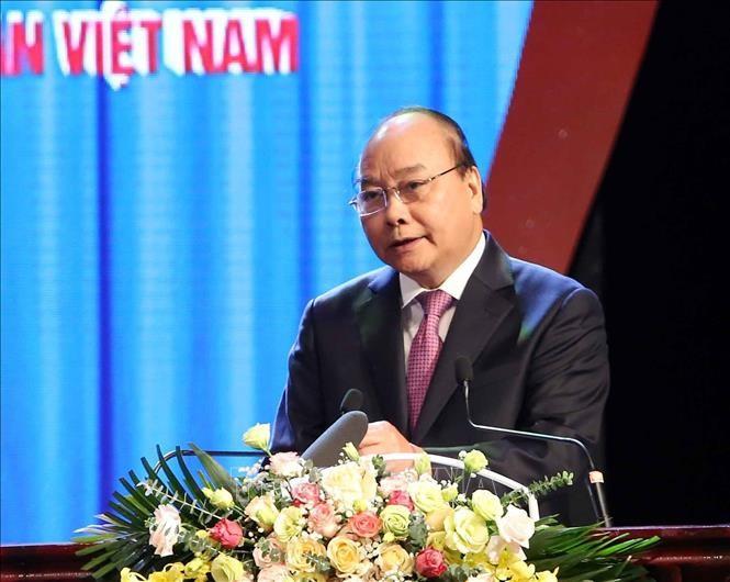 응우옌 쑤언 푹 총리: 노동조합 활동, 지속적으로 개혁해 나갈 것 - ảnh 1