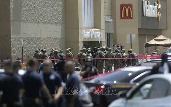 미국: 도널드 프럼프 대통령, 총격사건 비난 - ảnh 1