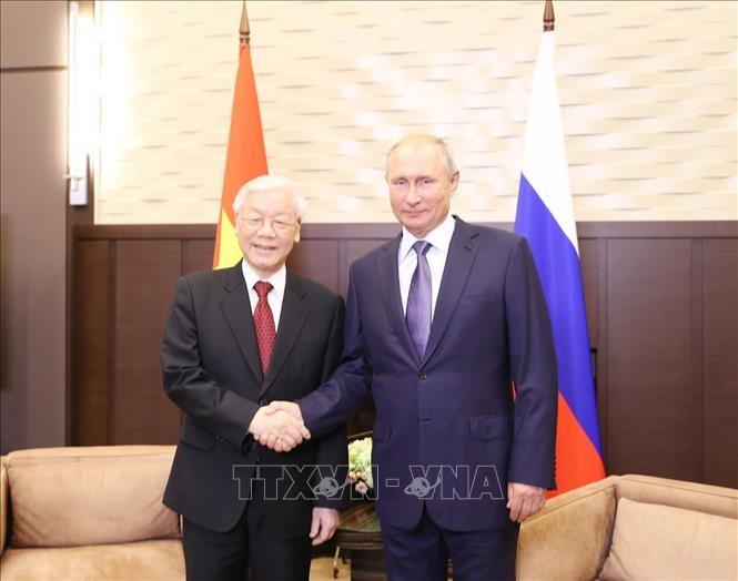 អគ្គលេខាបក្សកុម្មុយនិស្តវៀតណាមលោក Nguyen Phu Trong អញ្ជើញជួបសន្ទនាជាមួយប្រធានាធិបតីសហព័ន្ធរុស្ស៊ីលោក Vladimir Putin - ảnh 1