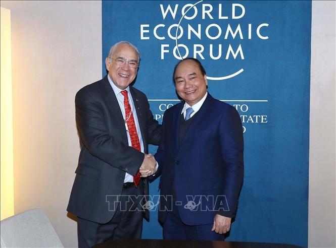 នាយករដ្ឋមន្ត្រីវៀតណាម លោក Nguyen Xuan Phuc អញ្ជើញទទួលជួបទ្វេភាគីនៅខាងក្រៅកិច្ចប្រជុំ WEF Davos 2019 - ảnh 2