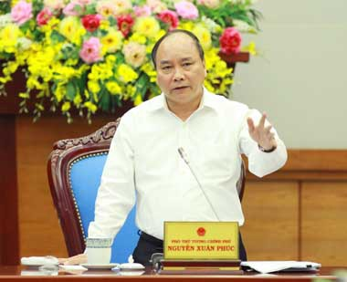 ឧបនាយករដ្ឋមន្ត្រីវៀតណាមត្រួតពិនិត្យការងារលើកលែងទោសនៅខេត្ត Ninh Binh - ảnh 1
