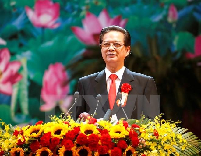 នាយករដ្ឋមន្ត្រីលោក Nguyen Tan Dung ស្នើអោយជំរុញខ្លាំងការងារប្រឡងប្រណាំងនិងលើកសរសើរ - ảnh 1