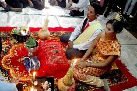 Matrimonio cambogiano tradizionale - foto 1