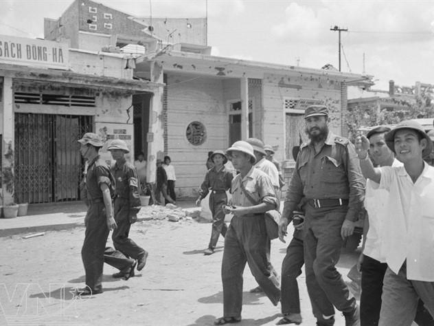រូបភាពFidel Castro នៅវៀតណាមក្នុងប៉ុន្មានឆ្នាំសង្គ្រាម - ảnh 7