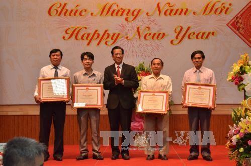 旅居柬埔寨和阿尔及利亚越南人欢度2017丁酉春节 - ảnh 1