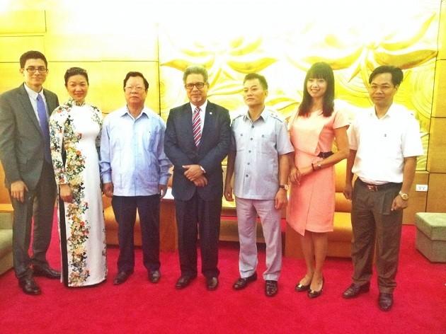 越南与萨尔瓦多增进团结友谊 - ảnh 1