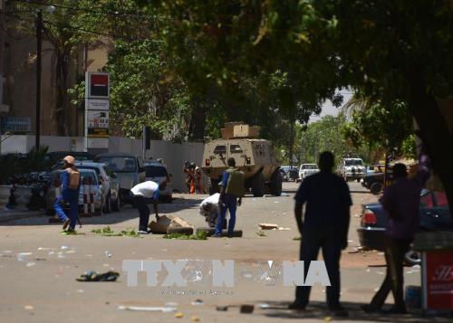 布基纳法索袭击事件:法国驻布大使馆情况已受到控制 - ảnh 1