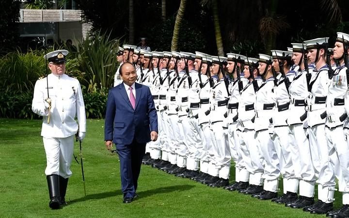 越南政府总理阮春福访问新西兰的正式欢迎仪式举行 - ảnh 1