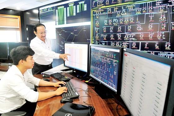 胡志明市企业在第4次工业革命中努力自我改变 - ảnh 1