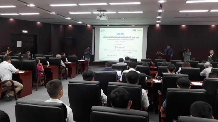 """越南和世界2000多名""""创业家""""出席创业企业会展 - ảnh 1"""