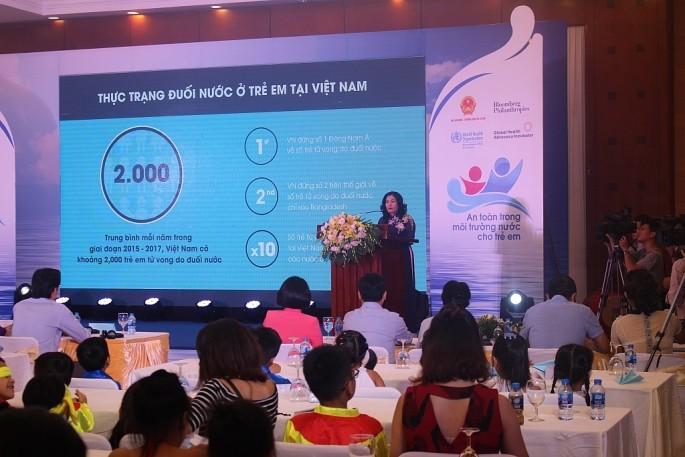 彭博慈善基金会协助越南预防儿童溺水 - ảnh 1