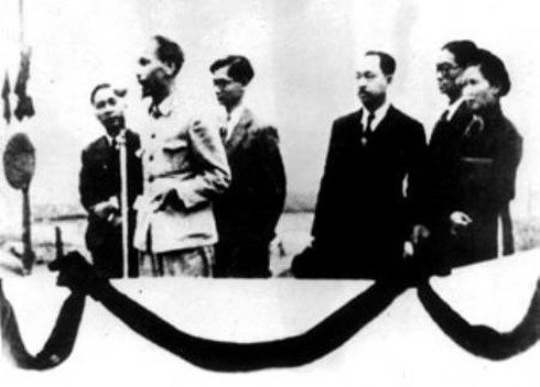 留下越南民族历史烙印的地方——巴亭广场 - ảnh 2