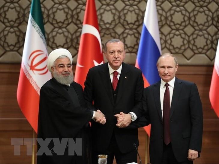 伊朗、俄罗斯和土耳其计划就叙利亚问题举行首脑会议 - ảnh 1