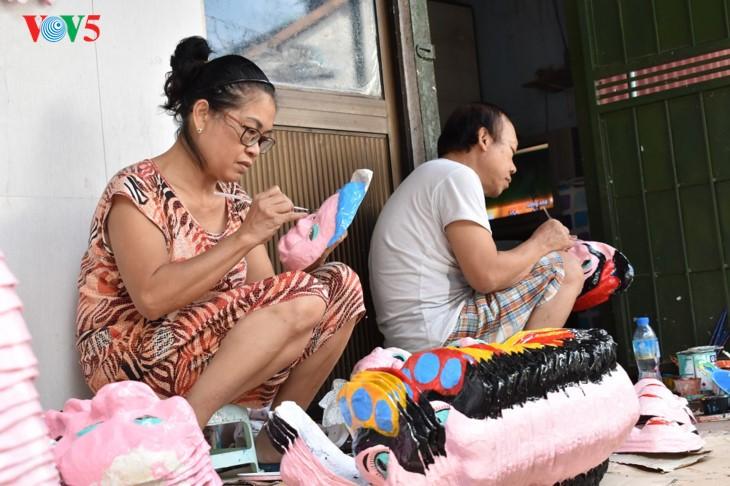 河内最后一户做纸浆面具的家庭 - ảnh 1