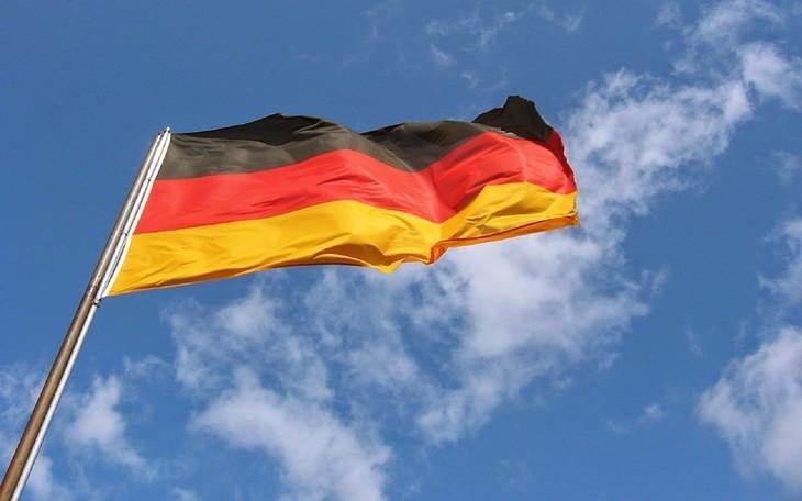 越南国家领导人致电祝贺德国国庆 - ảnh 1