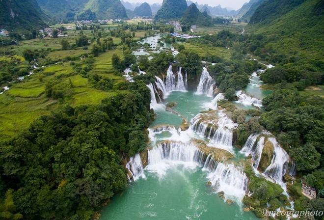 雄伟壮观的高平山水全球地质公园  - ảnh 2