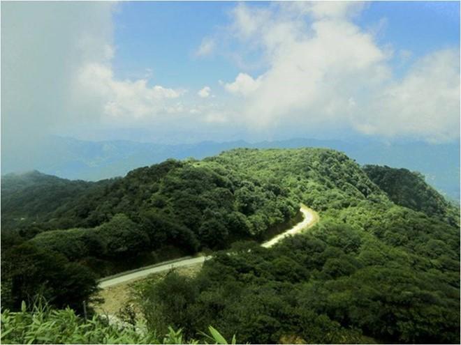 雄伟壮观的高平山水全球地质公园  - ảnh 4