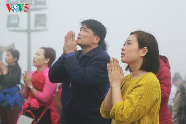 安子峰上的佛皇陈仁宗烙印 - ảnh 12