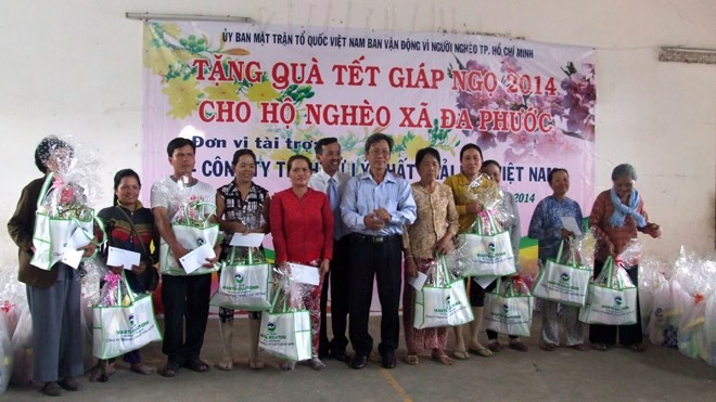 600 billion VND provided for the poor and AO victims - ảnh 1
