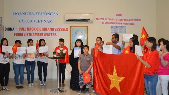 OVs determined to defend national sovereignty - ảnh 1