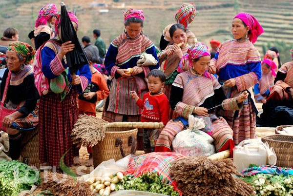Bac Ha market in the early days of the lunar New Year - ảnh 3