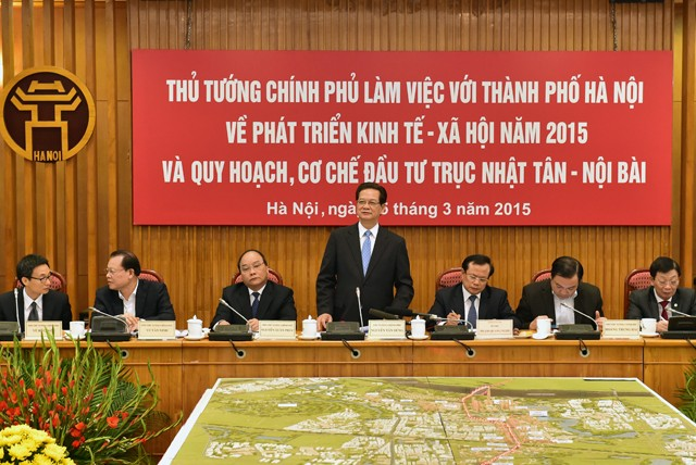 Prime Minister Nguyen Tan Dung asks for unique policies to promote Hanoi's urban development - ảnh 1