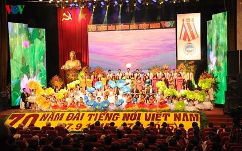 VOV marks 70th founding anniversary - ảnh 1