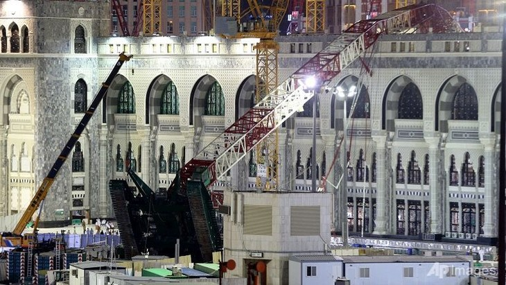 Mecca crane collapse won't affect Hajj pilgrimage - ảnh 1