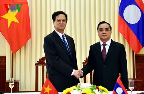 Vietnam, Laos continue to consolidate their special friendship unity - ảnh 1