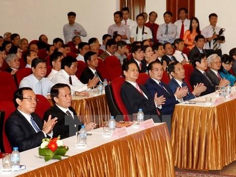 PM Nguyen Tan Dung: VNA's press work provides social guidance - ảnh 1