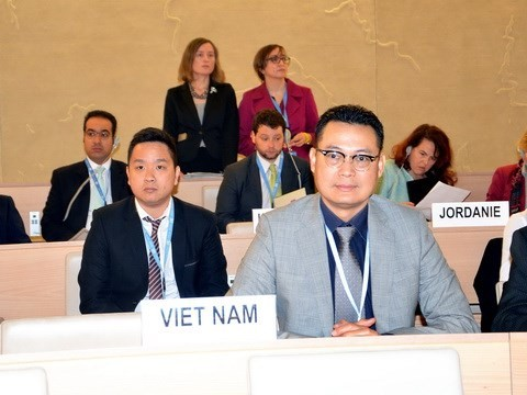 Vietnam vows to ensure children's rights - ảnh 1