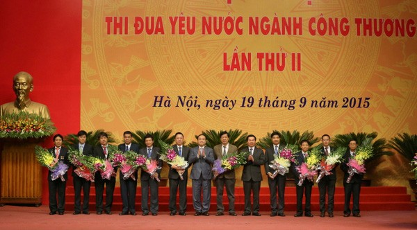 2nd Patriotic Emulation Congress of the industry and trade sector   - ảnh 1