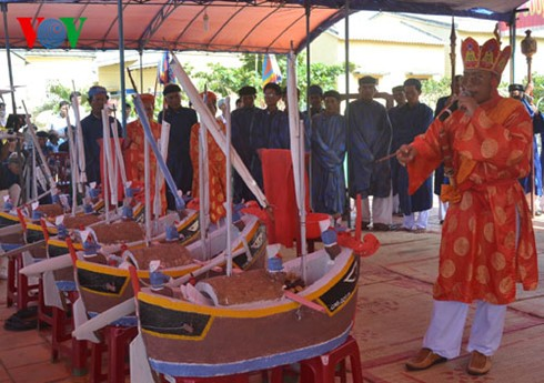 Feast and Commemoration Festival for Hoang Sa soldiers - ảnh 1