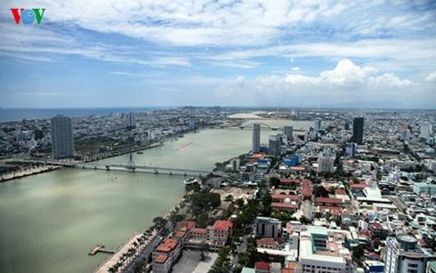 Developing a key economic region in central Vietnam - ảnh 1