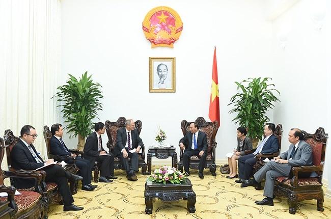 Prime Minister Nguyen Xuan Phuc receives new German Ambassador - ảnh 1