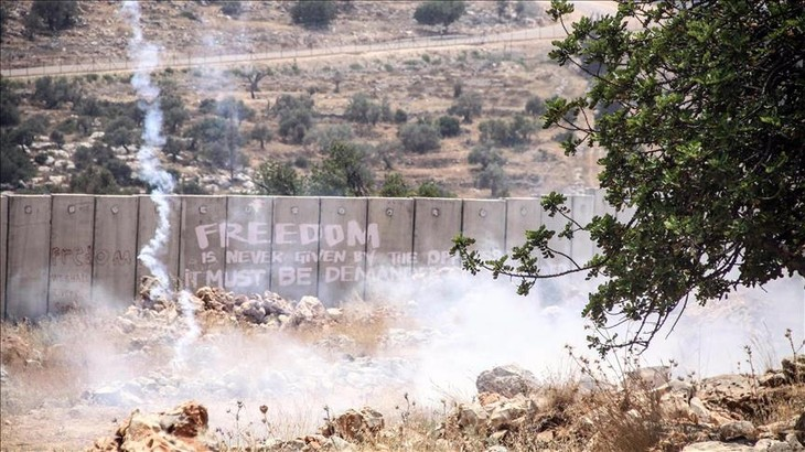 Israel to build wall around Gaza Strip - ảnh 1