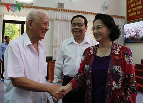 National Assembly Chairwoman Nguyen Thi Kim Ngan meets voters in Can Tho - ảnh 1