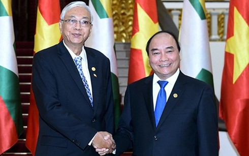 Prime Minister pushes agricultural cooperation with Myanmar - ảnh 1