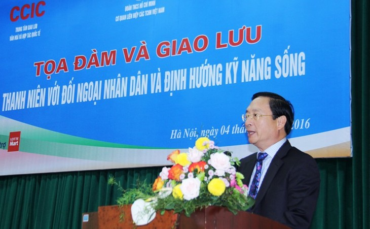 The youth and people's diplomacy and life skill orientation - ảnh 1