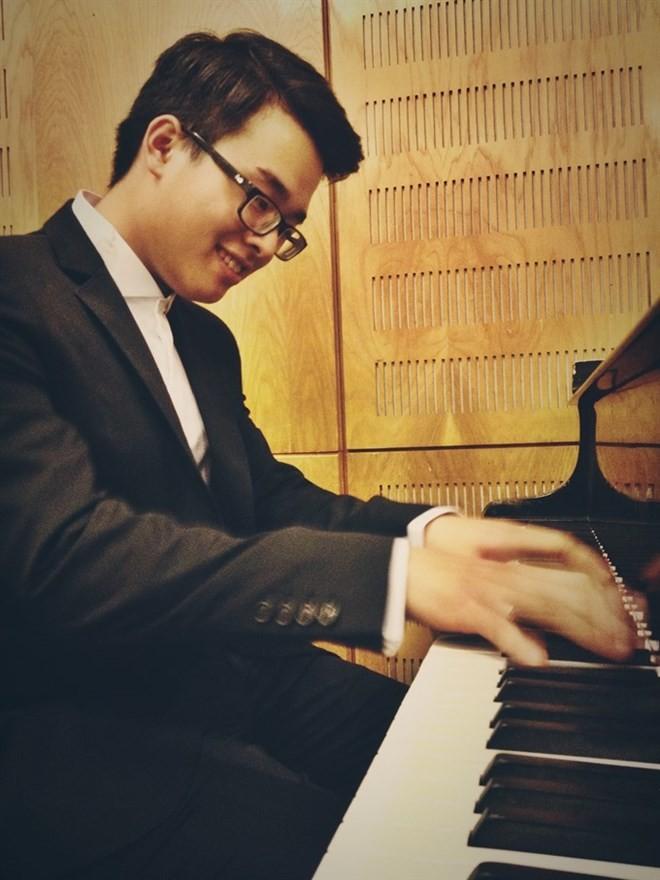 Tran Viet Bao wins third prize at int'l piano contest - ảnh 1
